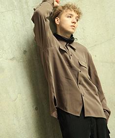 Nilway ドレープスムースフラップポケットシャツ